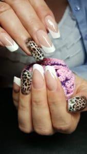 Modellarbeit Acryl - Edge Nails mit French White & Airbrush