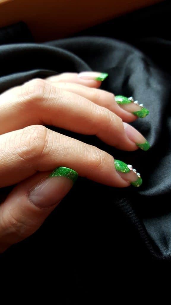 Grüne Acrylnägel